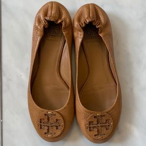 Tory Burch Camel Leather Reva Flats sz 7.5